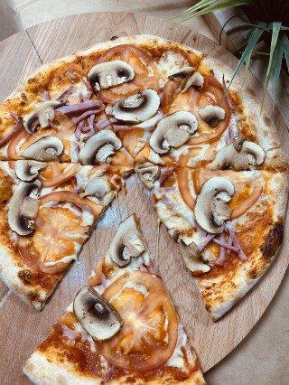 Скоро - открытие пиццерии!